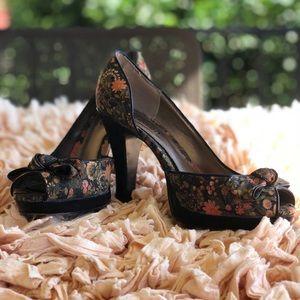 LIGHTLY WORN Floral Heels Sz 8
